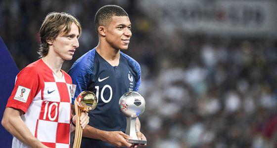 世界杯不正经颁奖:内马尔拿下影帝,姆巴佩捧得最佳新人